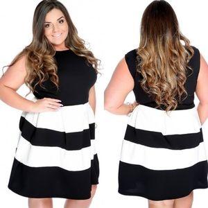 Dresses - 🆕️Black/White Sleeveless MOD A-Line Plus Dress